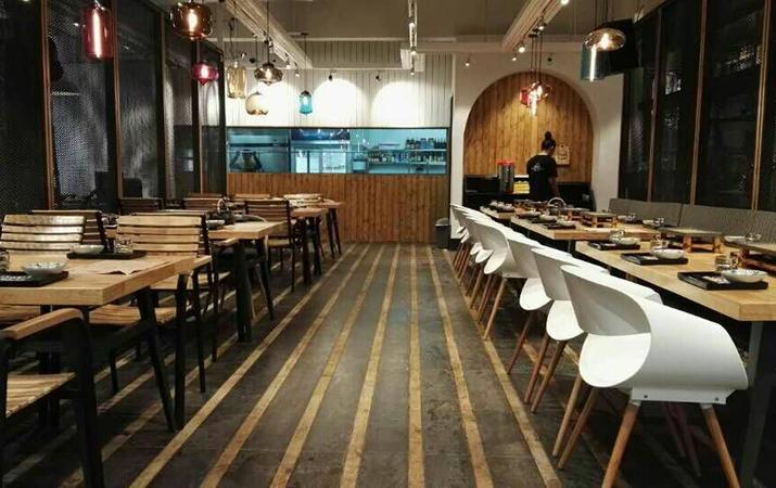 关键词:珠海烧烤店装修设计 , 珠海900度烧烤工场装修设计 , 珠海餐厅